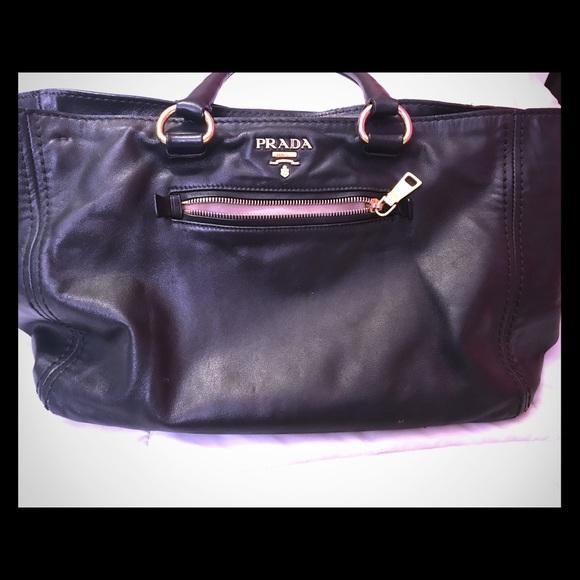 c471f0216fb Prada Bags   Cross Body Handbag   Poshmark